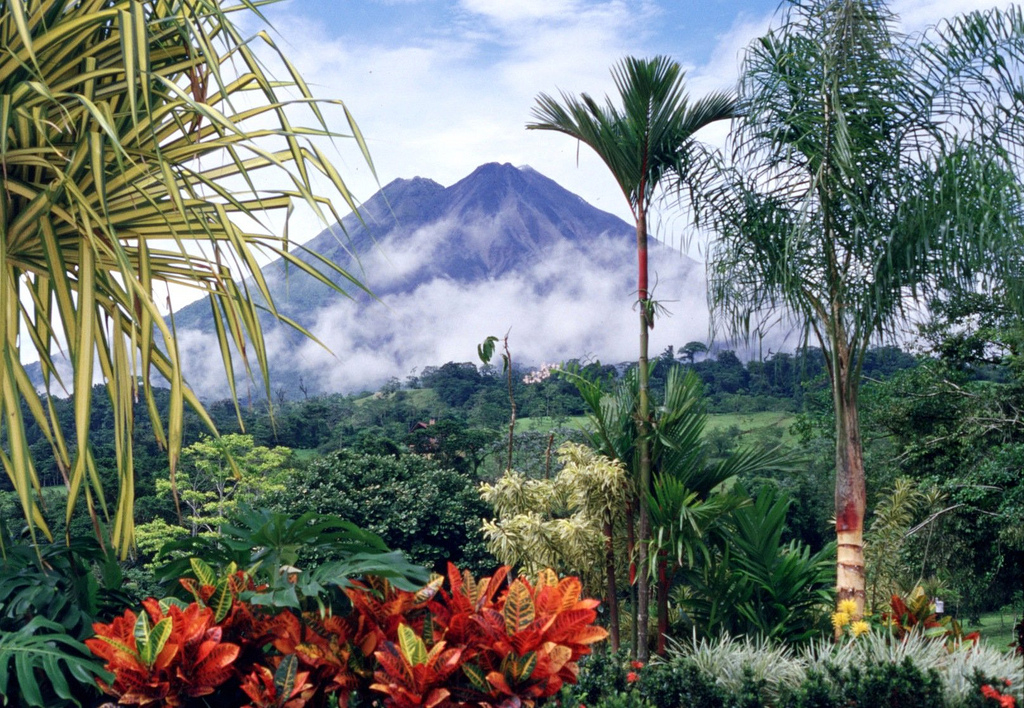 Arenal Volcano, Costa Rica; Source: Arturo Sotillo; Licence: CC BY-SA 2.0 https://creativecommons.org/licenses/by-sa/2.0/