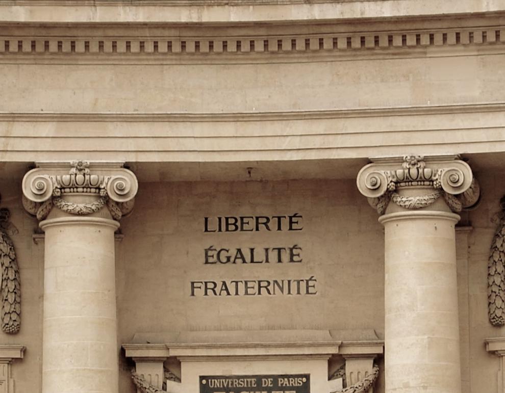 Source: Franzi Richter 2011 via Flickr; Title: Liberté Egalité Fraternité; License: CC BY-NC-ND 2.0