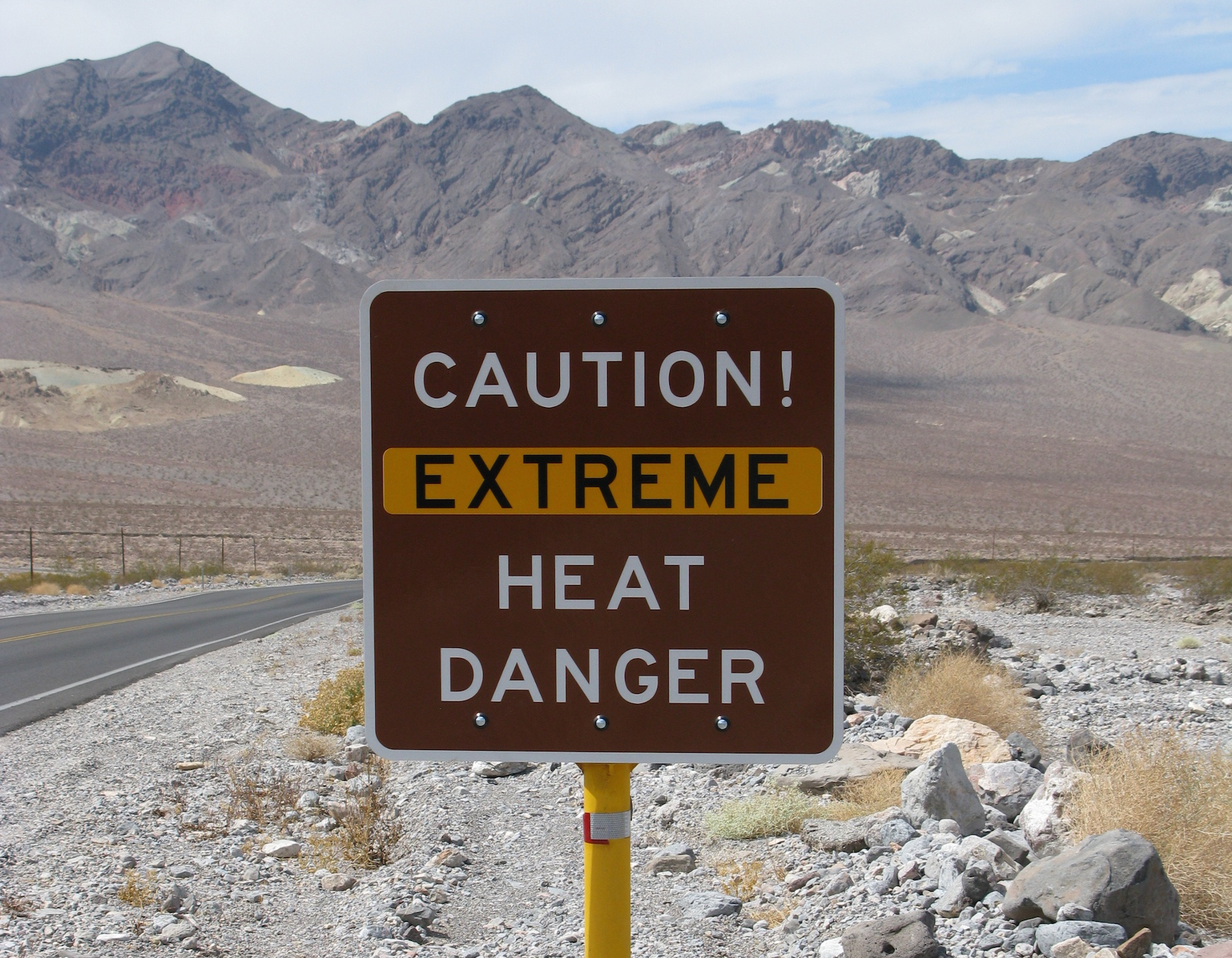 marco isler via flckr (2008) Death Valley, US - licence: CC BY-ND 2.0